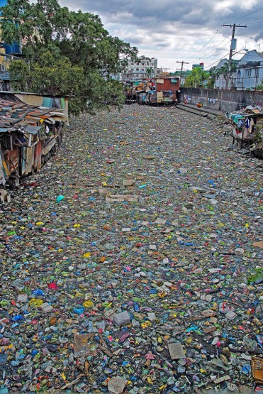 Photo by Dennis Villegas; Garbage, Estero de Paco, Manila, Philippines