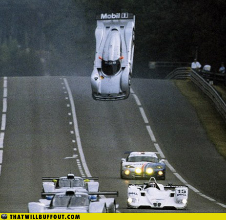 racing car mid air mercedes-benz clk-gtr le mans 1999
