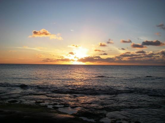 [Bild: background-sea-waves-donothingfor2minute...55x416.jpg]